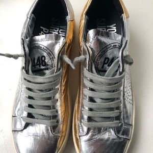 P448 Johns Womens Gold Silver combination Size 40